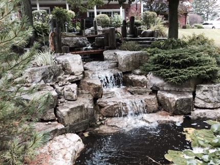 Waterfall with Natural Stone design